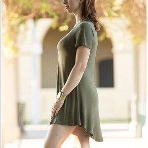 Dresses & Skirts - ❤️3 for $20- Olive colored T-Shirt Dress in 1X
